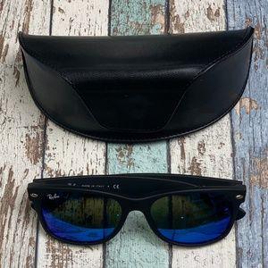 Italy!RayBan RB2132 New Wayfarer Sunglasses/POI108